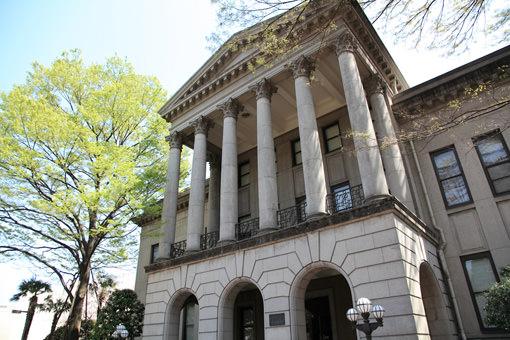 【受験生必見】青山学院大学の入試英語対策!偏差値やその他の試験科目は?