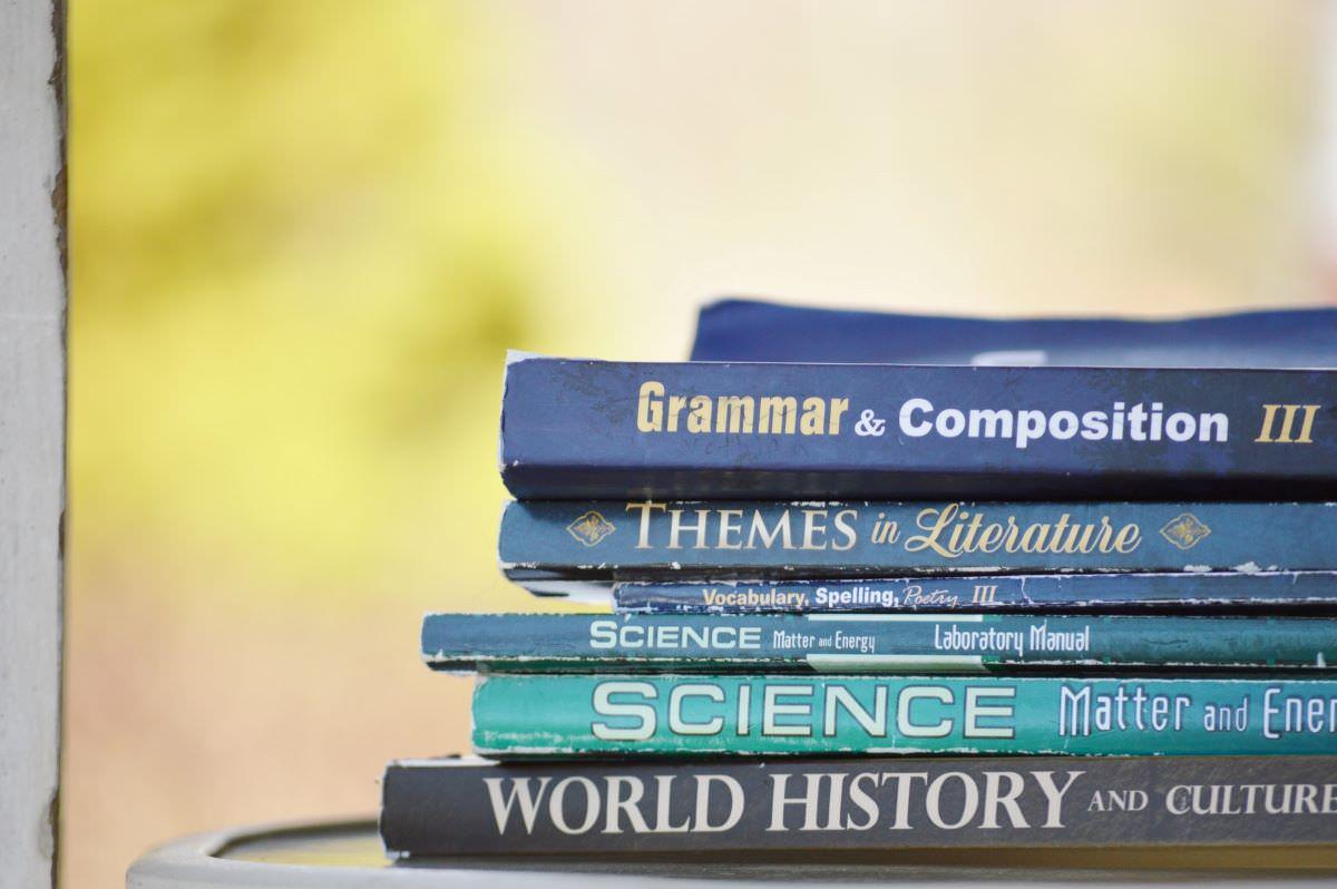 英検準一級に文法は必要?おすすめの参考書と勉強法を解説!