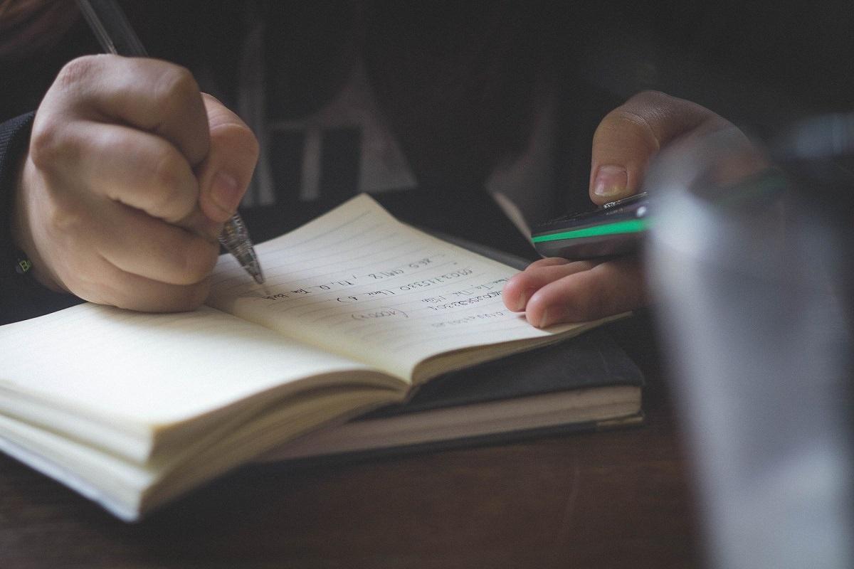 英検準一級に合格する勉強方法!効果的な方法と面接対策について